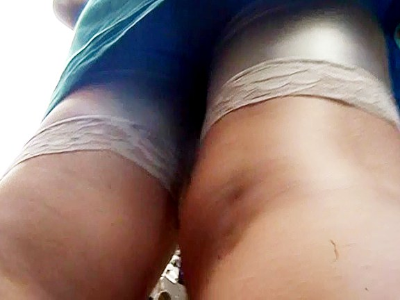 Hot upskirt girls sexily waving the butts