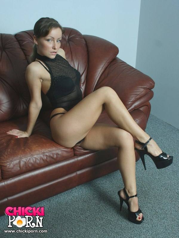 highheels hot chicks fucking