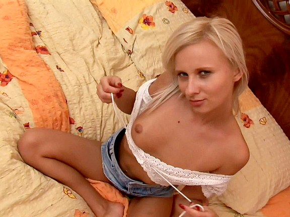 Blonde Hot Scene Chick Facial