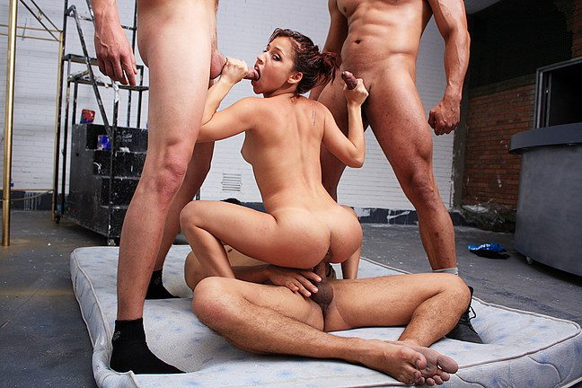 A girl gets hard fucked by 3 guys - סרטי סקס
