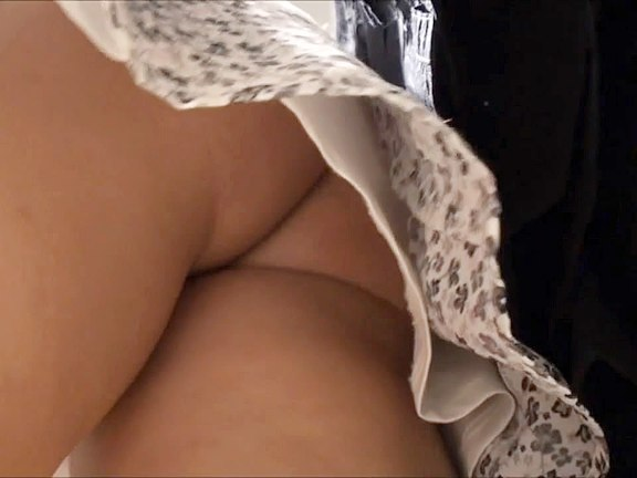 Amazing schoolgirl upskirt clips