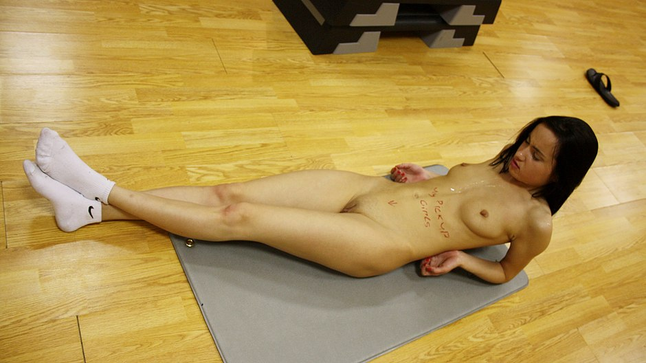 Deep anal fucking in the gym