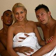 Threesome after bath